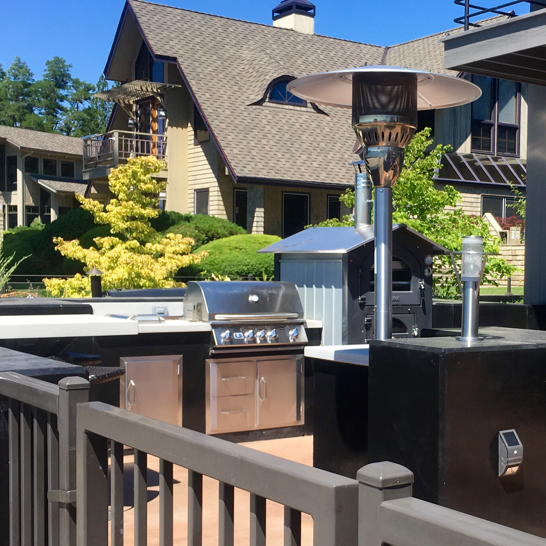 Benchmark Construction Company Outdoor Kitchen Services